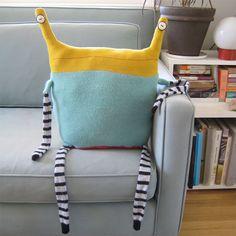 Beast Pillow No.181_1.jpg (Diy Pillows No Sew)