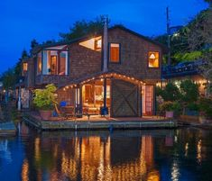 seattle floating home                                                                                                                                                                                 More