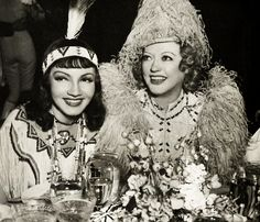 claudette colbert and marion davies at a costume party hosted by marion and w r hearst Old Hollywood Stars, Hollywood Party, Old Hollywood Glamour, Golden Age Of Hollywood, Vintage Hollywood, Classic Hollywood, Hollywood Couples, Hollywood Actresses, Silent Film Stars