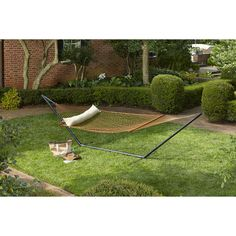 Give dad the gift of relaxation with this Garden Treasures double hammock.