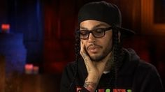 Opinions and recommended stories about Travis Mccoy. Travie Mccoy, Sick, Hot Guys, Mens Sunglasses, Band, Eyes, Pretty, Beauty, Style