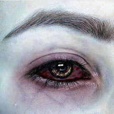 Aesthetic Eyes, Aesthetic Makeup, Dark Fantasy, Eye Art, Character Aesthetic, Vampires, Makeup Inspo, Cool Eyes, Beautiful Eyes
