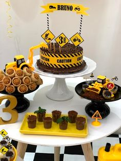 3rd Birthday Pictures, 2nd Birthday Party For Boys, Cars Birthday Parties, Digger Birthday Cake, Tractor Birthday Cakes, Construction Party Cakes, Construction Birthday Parties, Diy Birthday Decorations, Pasta