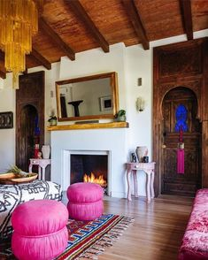 It's hard to believe this Moroccan bungalow resides in #Miami of all places! I love an old #beautifuldoor and the pops of pink are to die for! 💕💕💕 Vis @pamelajaccarino Finishing touches by @kakarhouseofdesign Photo credit: @kris_tamburello Schumacher, Eclectic Decor, Bungalow, Moroccan, Lounge, House Design, Living Room, Miami, Places