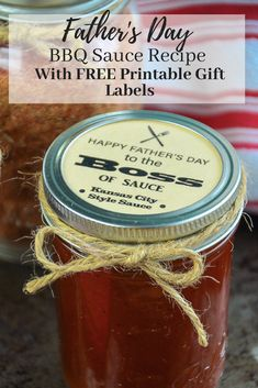 Do you have a father in your life who loves to BBQ? These BBQ Printable Mason Jar Lid Gift Tags and Recipes for Father's Day, and they are a quick and easy DIY gift he is sure to love! via day dinner bbq BBQ Sauce & Rub Recipes for Father's Day Diy Father's Day Gifts Easy, Diy Gifts For Him, Gifts For Kids, Mason Jar Lids, Mason Jar Crafts, Bbq Gifts, Rub Recipes, Sauce Recipes, Easy Recipes
