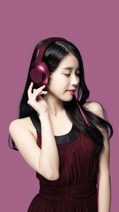 IU- Wallpapers IU photoshoot for Sony headphones Korean Beauty, Asian Beauty, Asian Woman, Asian Girl, Music Girl, Girl With Headphones, E Motion, Iu Fashion, How To Pose