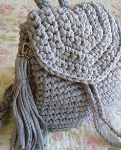 """69 Me gusta, 5 comentarios - NilSuat= Turkey adana (@nilcrochet) en Instagram: """"#orgumuseviyorum #orgucanta#örgüçanta #örgücanta #crochet #yarn#orgumuseviyorum #instagood…"""""""