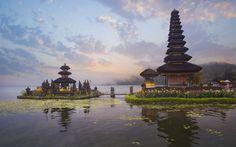 Pura Ulun Danu in Bali, Indonesia. Places Around The World, Travel Around The World, Around The Worlds, Places To Travel, Places To See, Travel Destinations, Eat Pray Love, Ubud, World Cruise