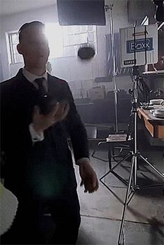 Joe Cole on set of Peaky Blinders 3 Joe Cole Actor, John Shelby Peaky Blinders, Finn Cole, Michael Cole, Ben Barnes, Cillian Murphy, Doberman, Hot Boys, On Set