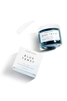 OVERVIEW  Blue Tansy oil, fruit enzymes, and White Willow Bark combine in this gently resurfacing and clarifying mask.   INGREDIENTS  White