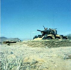 Armored Vehicles, Armored Car, Sharjah, British Army, Cold War, Military History, Troops, Military Vehicles, Tanks