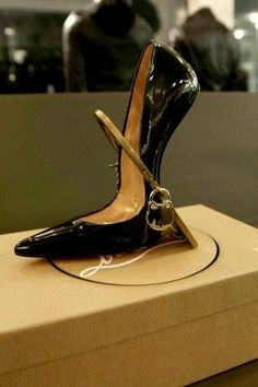 BEST OF #CHRISTIANLOUBOUTIN http://on.fb.me/MeRBGH #oomphelicious #Shoes #Heels #DesignerShoes 3DesignerHeels #UniqueShoes #Designer