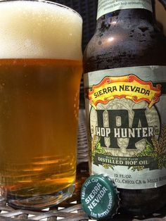 Sierra Nevada Hop Hunter IPA -- Very nice aroma: citrus, dank, fresh, floral with a hint of sweetness. Lemony citrus hit first and is noticeable throughout. However, it's the fresh, hoppy, VERY floral flavors that stand out the most. You may as well be chewing on the hop cones directly.  Hop Hunter isn't really very bitter at all, rather coming through in a much more tangy way. Slick, oily mouthfeel. And the aftertaste lingers for a long time and is very pleasant. The finish is actually the…