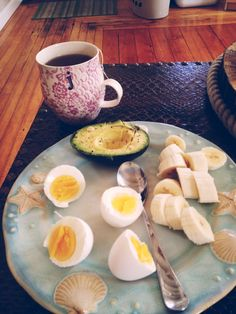 paleo breakfast simple and fulfilling...