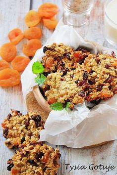 Szybkie i zdrowe ciasteczka w wersji fit, które można podjadać bez większych wyrzutów sumienia. Do przygotowania ciastek nie używamy ani ... Fried Rice, Fries, Cereal, Cookies, Breakfast, Ethnic Recipes, Food, Bakken, Essen