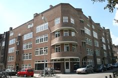 Context: Berlage, plan Zuid; in de buurt van de omval; Nederland haar traditie met baksteen