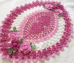 ganchillo tapete oval mano teñida polvo rosa rosa y blanco