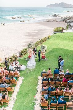 Cabo Destination Wedding overlooking the ocean - Photography: JBJ Pictures Event Photography, Ocean Photography, Best Bride, Honeymoon Spots, Wedding Honeymoons, Sophisticated Bride, Wedding Ceremony Decorations, Wedding Gallery, Outdoor Ceremony