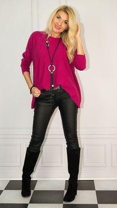 Photo Sessions, How To Look Better, Leather Pants, Fashion, Tunic, Leather Jogger Pants, Moda, Fashion Styles, Lederhosen