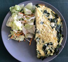 Frittata met spinazie en ricotta – Judoka Margriet Bergstra Omelet, Frittata, Spanakopita, Breakfast, Ethnic Recipes, Food, Omelette, Morning Coffee, Essen