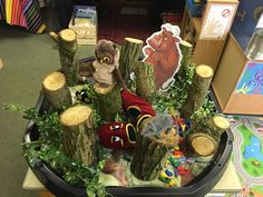 Woodland Creature teaching resources for EYFS Early Years. Professional Storybooks T - V teaching resources. Gruffalo Eyfs, Gruffalo Activities, Gruffalo Party, Eyfs Activities, Nursery Activities, The Gruffalo, Activities For Kids, Traditional Tales, Traditional Stories