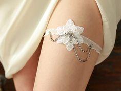 Garter  bridal garter wedding garter lace garter star by woomipyo, $40.00
