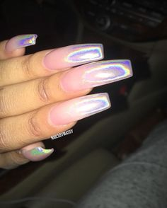 On average, the finger nails grow from 3 to millimeters per month. If it is difficult to change their growth rate, however, it is possible to cheat on their appearance and length through false nails. Dope Nails, Nails On Fleek, Crazy Nails, Gorgeous Nails, Pretty Nails, Amazing Nails, French Nails Glitter, Chrom Nails, Nail Candy