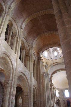 Abbaye de Sainte Foy,  à Conques, France