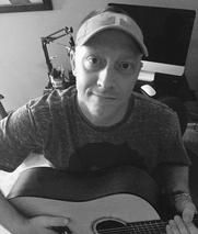 Sign up for one of my Beginner acoustic guitar lessons online courses and start learning the acoustic guitar today