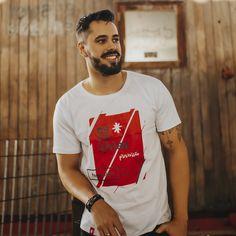 Camiseta Escol(h)as - Masculina - Branca Mens Tops, T Shirt, Fashion, Men's T Shirts, Men's, Block Prints, Supreme T Shirt, Moda, Tee Shirt