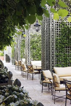 Custom decorative wood treillage with alcoves in the Winter Garden at the Ritz Hotel in Paris. Painted in custom color. Paris Hotels, Hotel Paris, Restaurant Design, Design Hotel, Paris Garden, Garden Cafe, Terrace Garden, Outdoor Rooms, Outdoor Living