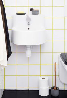 Love the yellow tile grout White Bathroom Tiles, Yellow Bathrooms, White Tiles, Bathroom Flooring, Small Bathroom, Yellow Tile, Neon Yellow, Modern Bathroom, Bathroom Trends
