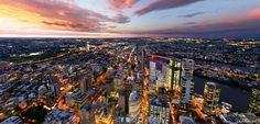 Brisbane in all it's glory: http://www.lensaloft.com.au/Interactive_tour/BrisbaneDusk/Brisbane.html