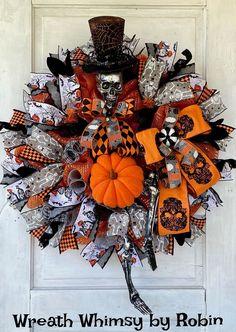 Halloween Prints, Halloween Skeletons, Halloween Party, Skeleton Decorations, Halloween Decorations, Halloween Wreaths, Witch Wreath, Wreath Fall, Patriotic Wreath
