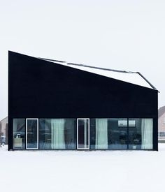 Via OWI, a modern home with a lot of pizazz by Belgian Photographer Vercruysse Frederik.