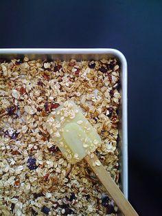 Healthy Granola. No oil or brown sugar
