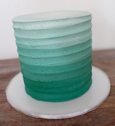 16 Super Ideas For Birthday Cake Buttercream Texture 30th Birthday Cake For Her, Green Birthday Cakes, First Birthday Cakes, Teal Cake, Ombre Cake, Mint Green Cakes, Safari Cakes, Jungle Cake, Cake Decorating Techniques