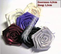 Satijnen bloemen in diverse kleuren 6cm doorsnee | Top Fournituren.nl | Top Fournituren.nl