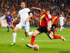 #9ine @Lens Lens, Racing, Club, Sports, Soccer Pictures, Running, Hs Sports, Auto Racing, Klance