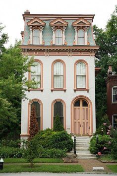 St. Louis, MOVisiting St. Louis, it�s hard to miss the famous Gateway Arch, designed by Eero Saarinen. But the real architectural draw may be the historic Lafayette Square neighborhood, lined with colorful Victorian row houses known to locals as \