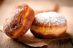 Make every meal healthier, shed those unwanted pounds, and feel better with this easy tip for cutting sugar out of your diet. Beignets, Mardi Gras, Beignet Nutella, Doughnut Shop, Biscuits, Fast Dinners, Polish Recipes, Polish Food, Bread Board