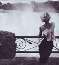 "Reminds me of Marilyn in ""Niagara"""