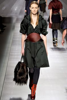 Fendi | Fall 2012 Ready-to-Wear Collection | Vogue Runway