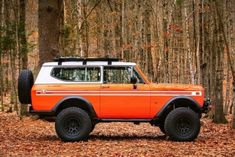 New Legend has a fresh new website full of sick rig photos. International Scout Ii, International Harvester Truck, Lifted Trucks, Pickup Trucks, Lifted Ford, Scout For Sale, Ford Mustang, Classic Ford Broncos, Jeep 4x4