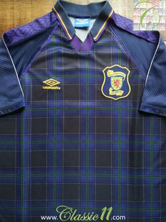 Relive Scotland's 1994/1995 international season with this vintage Umbro home football shirt.