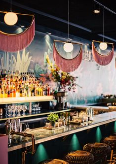 Culy hotspot: The Street Food Club in Utrecht Logo Restaurant Design, Plan Restaurant, Restaurant Vintage, Architecture Restaurant, Modern Restaurant, Italian Restaurant Decor, Colorful Restaurant, Italian Restaurants, London Restaurants