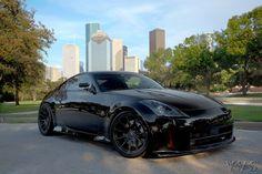 black on black 350Z