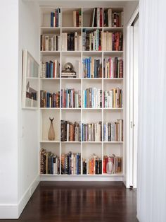 13 Clever Built-Ins for Small Spaces. Clever built-ins are a great way to incorporate storage, and other functionalities, without the cumbersomeness of furniture, and they're a great way to really Home, Small Spaces, Home Library, Bookshelves Built In, Home Office Design, Interior, Modern House, Bookshelves, Remodel Bedroom