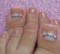Simple Toe Nails, Pretty Toe Nails, Summer Toe Nails, Spring Nails, Cute Pedicure Designs, Toe Nail Designs, Beautiful Nail Designs, Cute Pedicures, Pedicure Nails