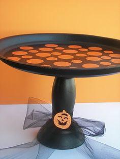 How to make a Halloween cake stand.